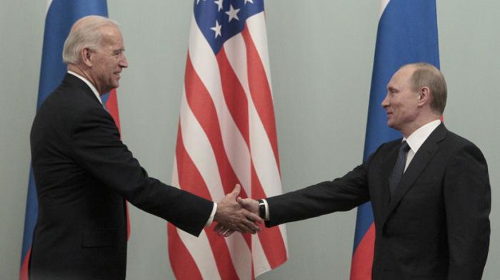 Putin Təhlükəsizlik Şurasında Baydenlə görüşü müzakirə edib