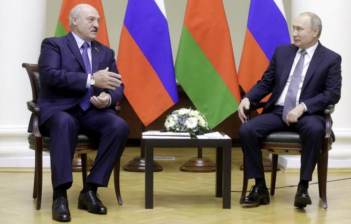 Putin və Lukaşenko Soçidə danışıqları davam etdirib