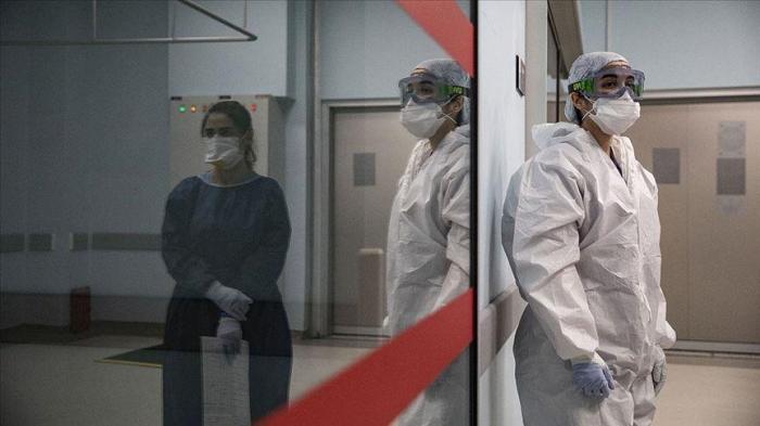 Qazaxıstanda virusa yoluxma sayı 325 mini keçdi