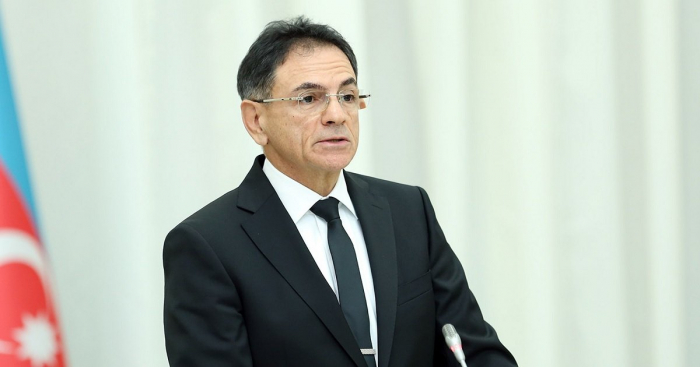 وزير الصناعة الدفاعية الأذربيجاني يغادر إلى مينسك -   صور