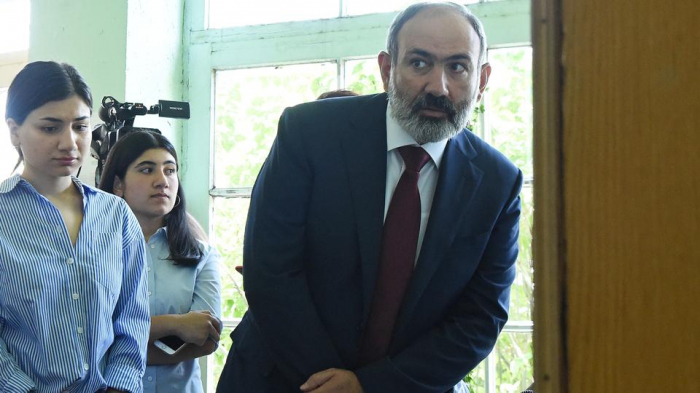 """""""Erməni xalqı yorulub"""" -  Qabil Hüseynli"""