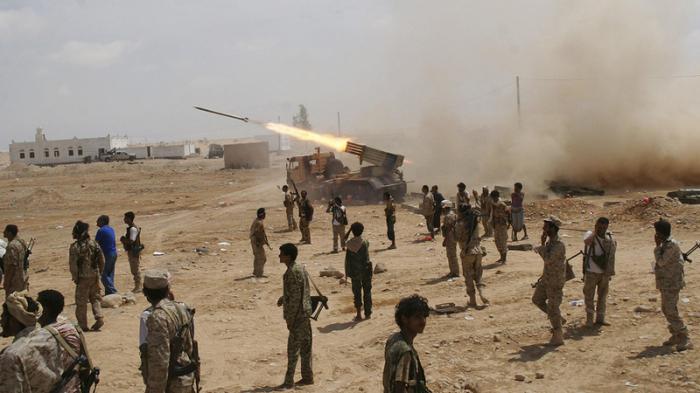 مقتل 5 أشخاص وإصابة 3 آخرين في كمين استهدف جنودا في اليمن