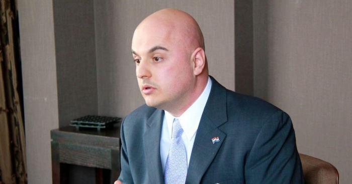 بيتر ثيس:  إعلان شوشا أداة قيمة للغاية للحفاظ على الأمن الإقليمي