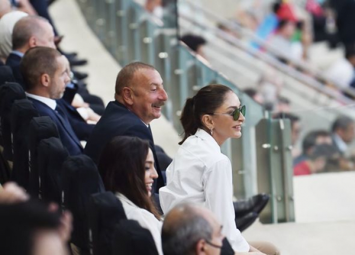 مهريبان علييفا شاركت منشورًا من مباراة تركيا وويلز -  صور