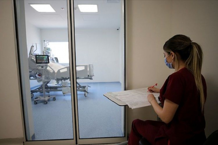 Türkiyədə koronavirusdan ölüm sayı 100-dən aşağı düşdü