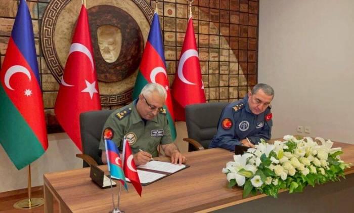 Azerbaijani, Turkish Air Forces sign agreement