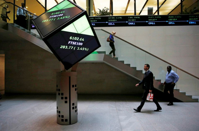 World stocks hit another record, oil prices increase in big data week