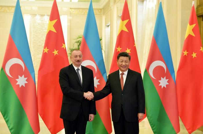 Azerbaijani, Chinese leaders hold phone talk