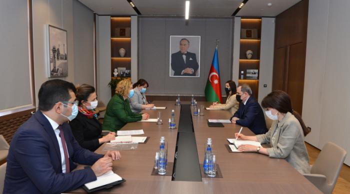 Les relations Azerbaïdjan-Lettonie ont été discutées