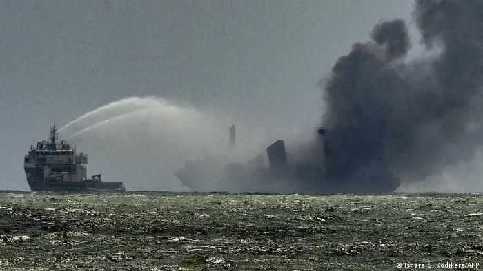 Sri Lanka facing environmental disaster after ship -   NO COMMENT