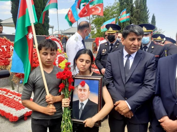 Azerbaijani official killed mine explosion in Kalbajar laid to rest –   PHOTOS