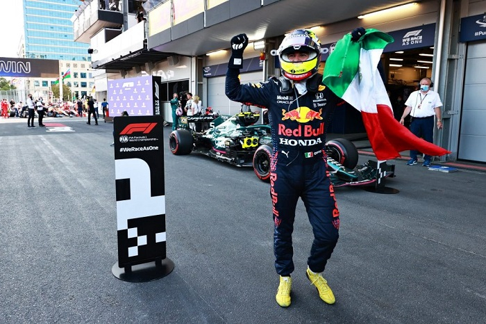 F1: Sergio Pérez wins Azerbaijan GP after Verstappen crashes