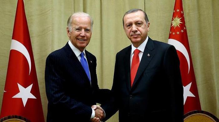 Biden und Erdogan diskutieren über Karabach