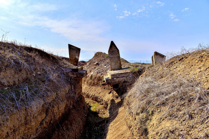 Armenians dug trench between two graves in Azerbaijan's Aghdam –  PHOTO