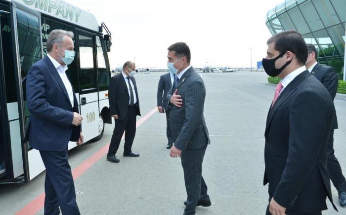 Deputies ofBosnia and Herzegovina arrive in Baku
