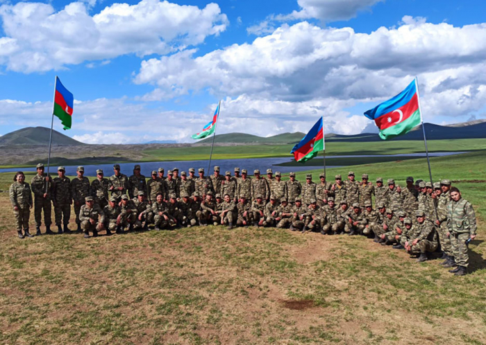 Azerbaijani MoD: Meeting held with servicemen in Kalbajar -   PHOTO