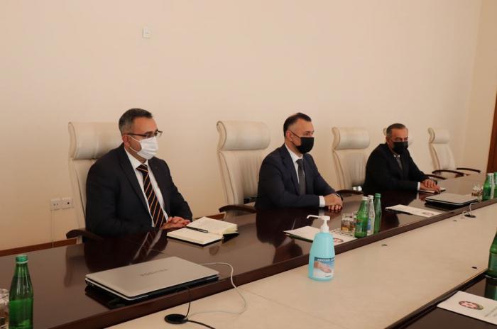 Azerbaijan's deputy health minister receives Israeli ambassador