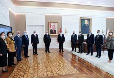 بحث مسائل التعاون والمشاريع المشتركة في الصحة بين أذربيجان وتركيا