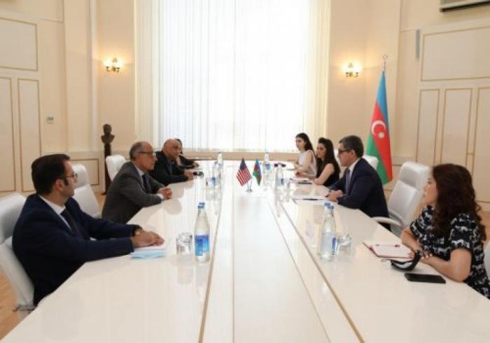 توقيع على مذكرة التعاون الثلاثي بين أذربيجان والوكالة الأمريكية