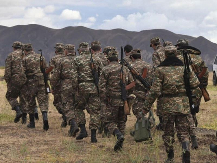 Armenien entlässt Kommandeure von zwei Militäreinheiten