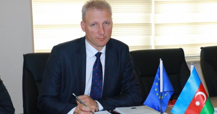 EU-Botschafter:   ECHO möchte Aserbaidschan bei der Minenräumung unterstützen