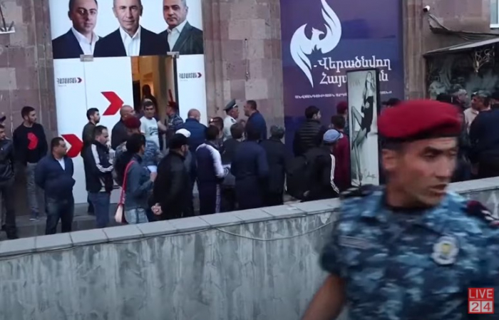 Clash erupts between Pashinyan, Kocharyan supporters, several reported injured -   VIDEO