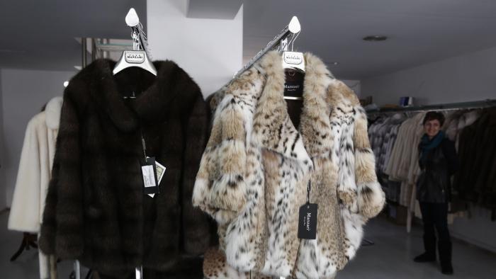 Este es el primer país del mundo que prohíbe el comercio de pieles para la moda