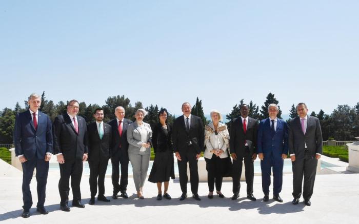 Prezident yeni səfirlərin etimadnamələrini qəbul etdi -FOTO (YENİLƏNİB)