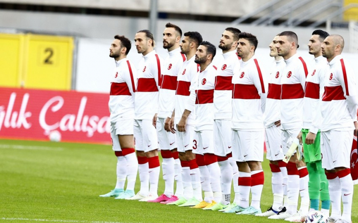 Euro 2020: Turkey vs Italy in Rome gets tournament under way