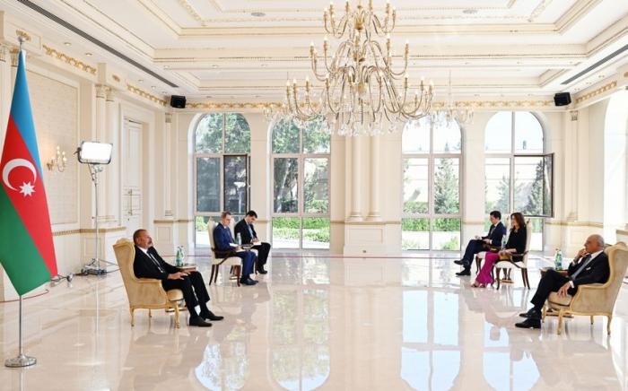 Ilham Aliyev erhält Beglaubigungsschreiben des neu ernannten italienischen Botschafters