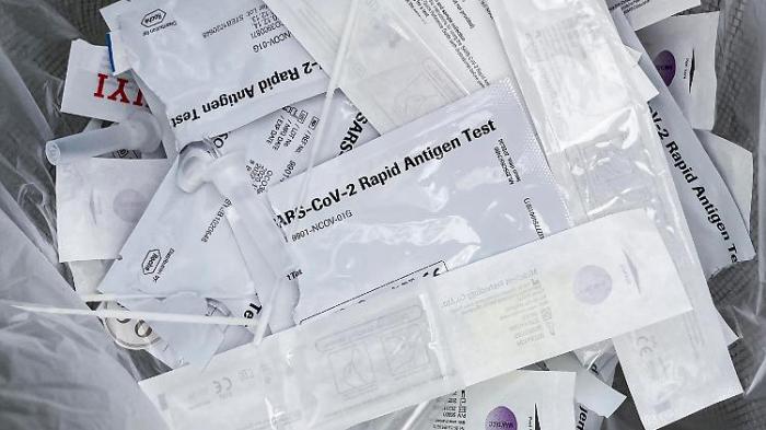 RKI meldet weniger als 1500 neue Fälle