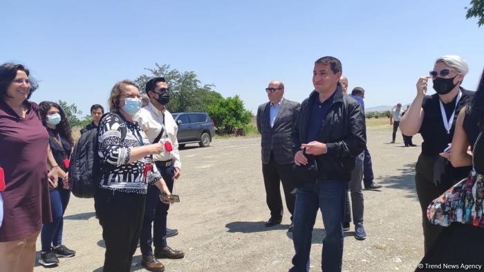 Assistent des Präsidenten:   In Agdam hat der Wiederaufbau bereits begonnen