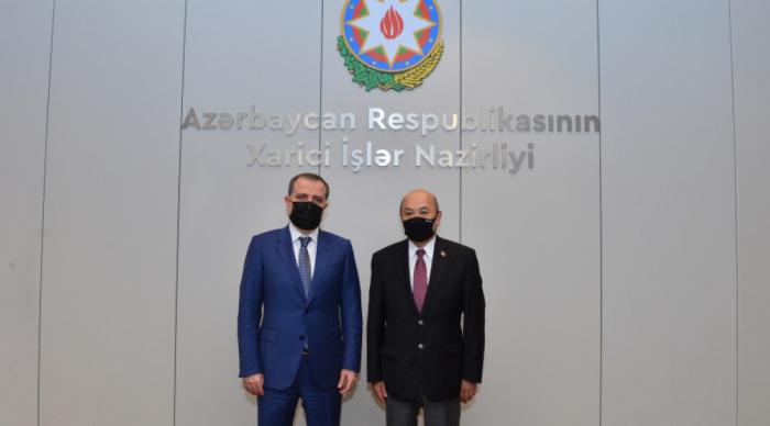 El embajador de Mongolia fue informado de la política agresiva de Armenia contra Azerbaiyán