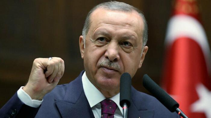 Erdogan platica sobre Karabaj en Bruselas