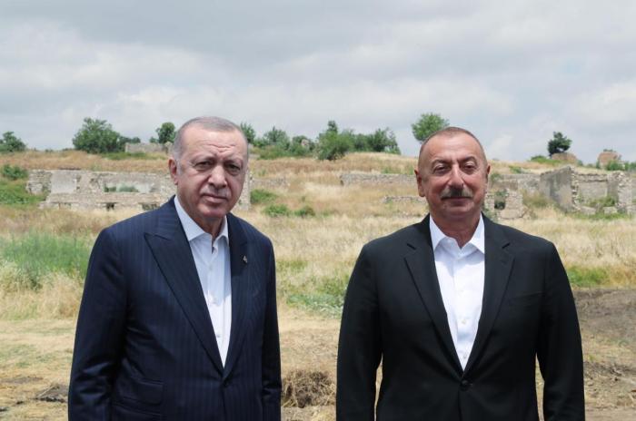 Turkish and Azerbaijani Presidents makejoint statement-  VIDEO UPDATED