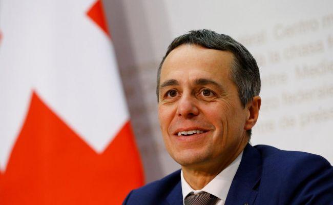Schweizer Präsident spricht mit Putin über Karabach