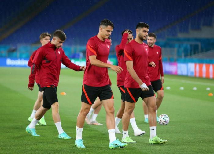EURO 2020:   Le match Turquie-Pays de Galles débute à Bakou