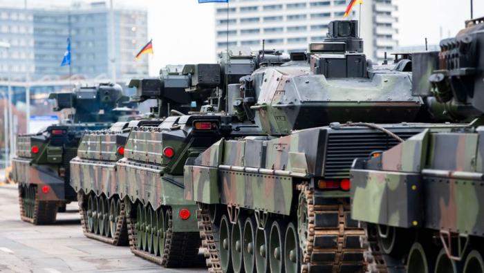 Bundeswehrskandal -   Verteidigungsministerin zieht mehr Soldaten aus Litauen ab