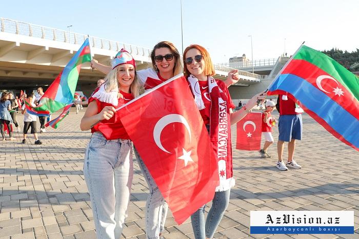 PHOTOS  from Baku on day ofTurkey vs Wales football match
