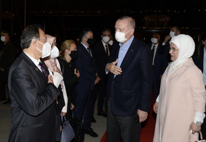 Le président turc Recep Tayyip Erdogan termine sa visite officielle en Azerbaïdjan