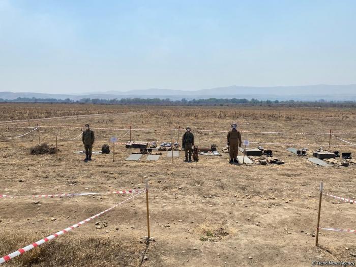 Azerbaijani journalists view de-mining process inFuzuli