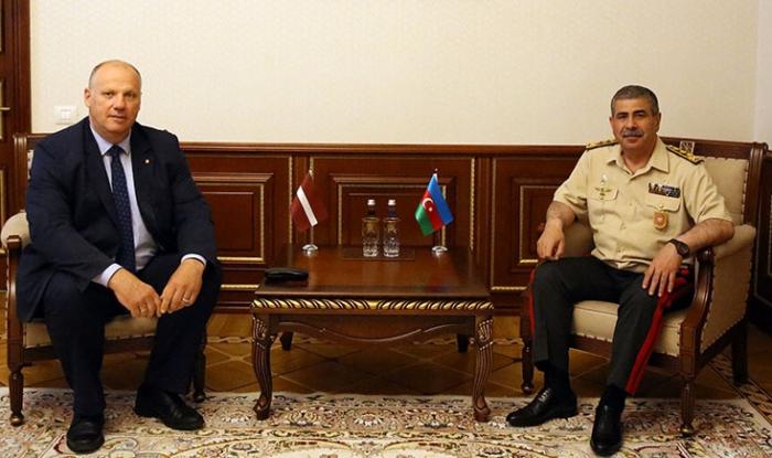 Bergmanis:   Letonia es un socio importante de Azerbaiyán dentro de la OTAN