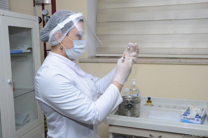 Azerbaijan administers nearly 40, 000 COVID-19 vaccine shots in a day