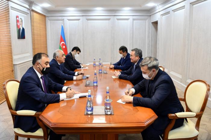 Le Premier ministre azerbaïdjanais rencontre le vice-Premier ministre kazakh