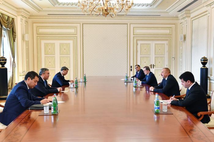 Ilham Aliyev recibió al viceprimer ministro de Kazajistán