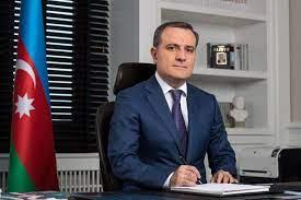 """Jeyhun Bayramov:  """"Se frena el cumplimiento de la Declaración tripartita según varios puntos"""""""