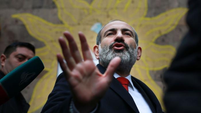El primer ministro de Armenia salva la cabeza en las primeras elecciones tras la guerra del Karabaj