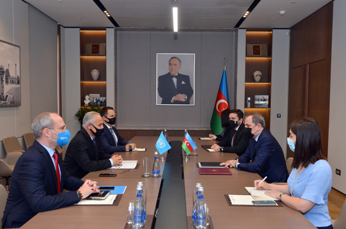 Djeyhoun Baïramov reçoit le Coordonnateur résident des Nations Unies Ghulam Isaczai