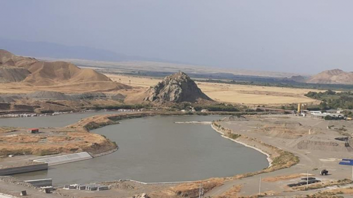 Azerbaijan considers constructing new water pipelines in liberated lands