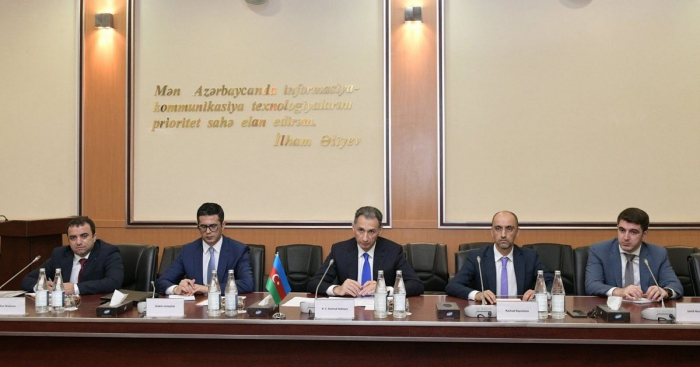 Azerbaijan and UAE discuss cooperation in space sector